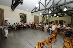 Marilena Negro apresentou secretaria no encontro do CMAS